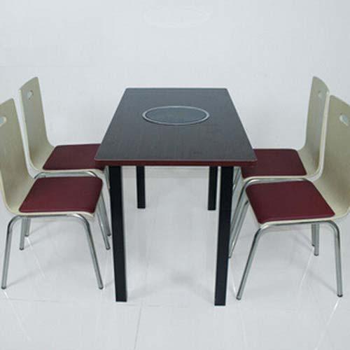 防火板电磁炉火锅桌 四人位火锅桌 炭烧木电磁炉火锅桌椅批发
